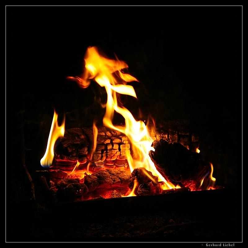 also aus der Idee Flammen